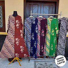 Gamis Belah Rayon Terbaru Kombinasi Motif Batik Parang