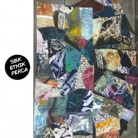 Sarung Bantal Kursi Batik Motif Abstrak Campur