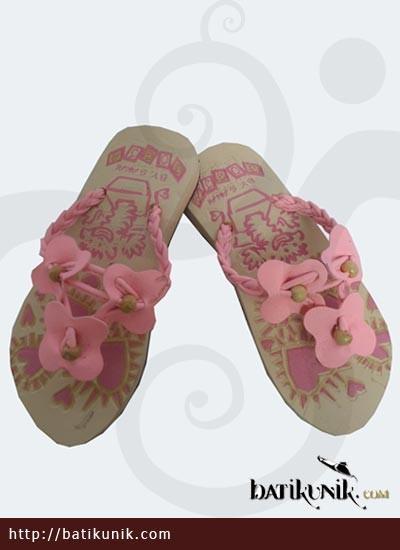 Sandal Batik Terbaru  Anak Tali Kepang Kupu Tiga Pink