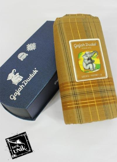 Sarung Tenun Gajah Duduk 4000 Spesial Benang Emas