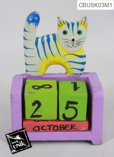 Souvenir Kalender Kayu Animal Warna Dua