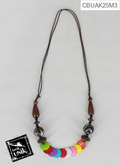 Kalung Tali Hiasan Kayu Warna-Warni Cantik